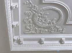 поклейка лепнины в Мурманске
